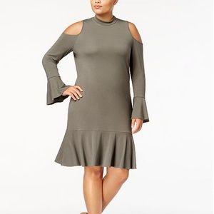 Women\'s Plus Size Drop Waist Dress on Poshmark